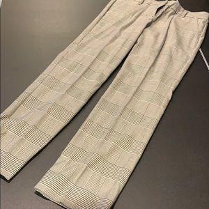New York & Company size 6 stretch slacks b&w plaid